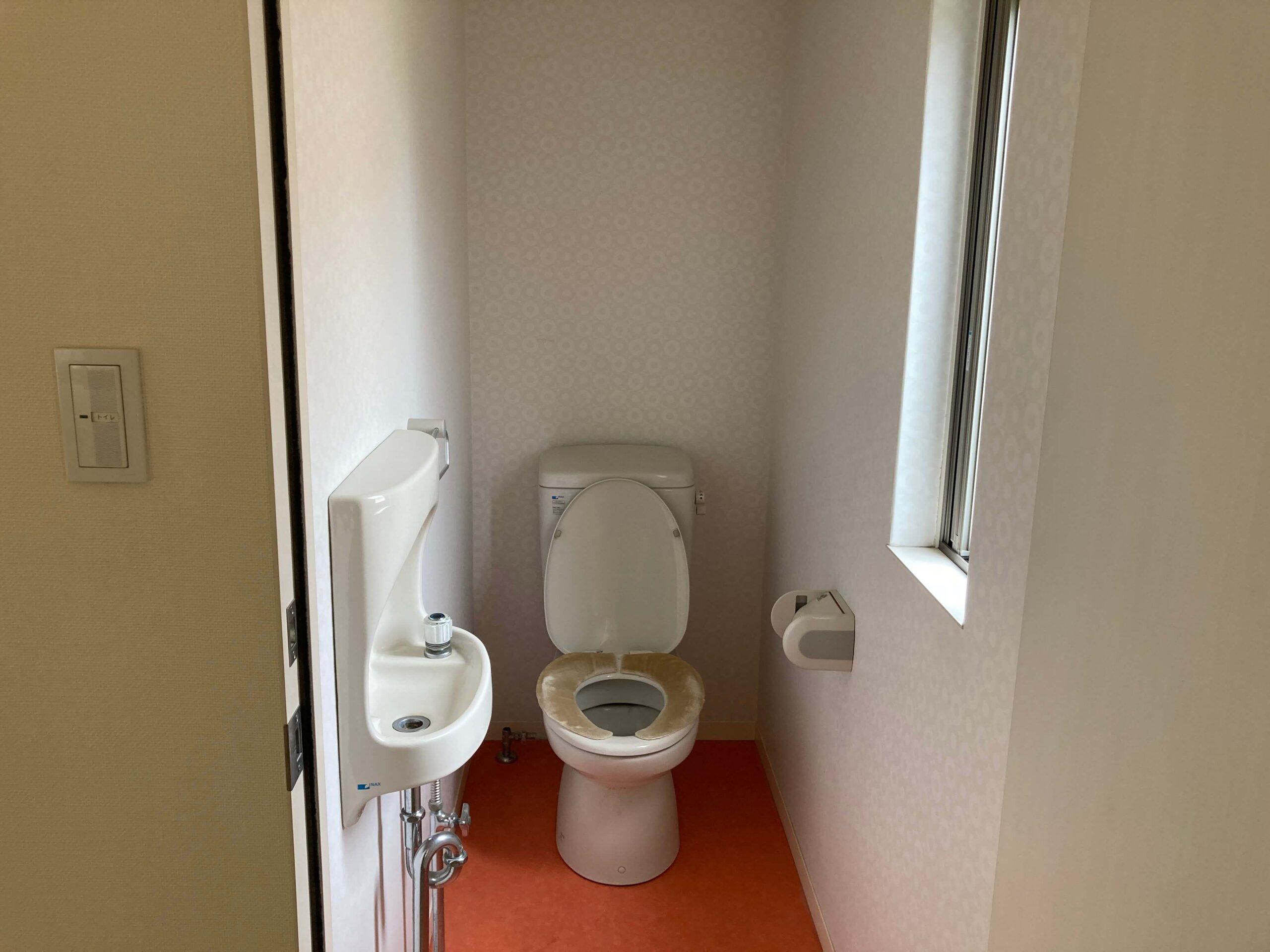 2Fトイレのリフォームbefor